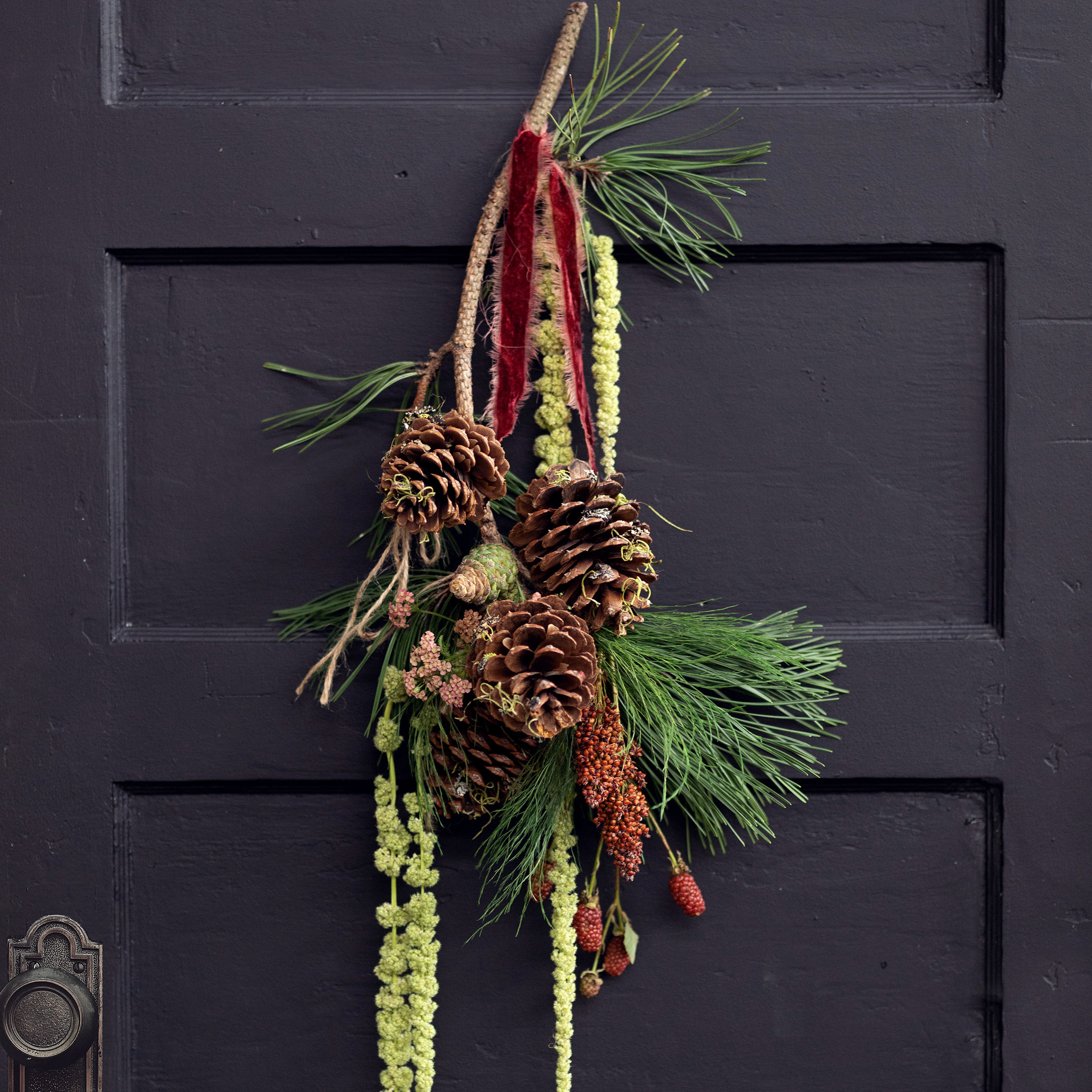 3 Fresh Doorstep Décor Alternatives for the Season
